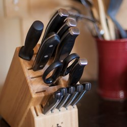 Knives & Knife Blocks