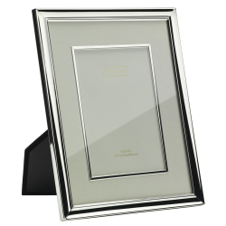 """Mount and Bezel Photograph frame, 8 x 10"""", Silver Plate And Cream"""