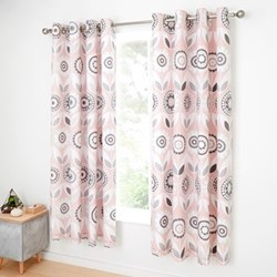 Annika Curtains, 168 x 183cm, pink