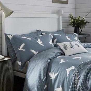 Paper Doves King size duvet cover, L220 x W230cm, denim blue