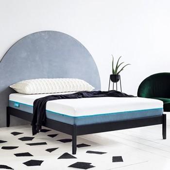 Hybrid Emperor size mattress, 200 x 200cm