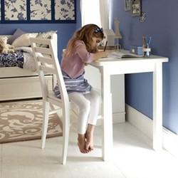 Pedestal Desk, H77 x W121 x D60cm, silk white