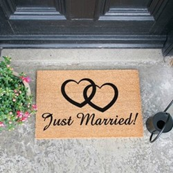 Just Married Doormat, L60 x W40 x H1.5cm, black/brown