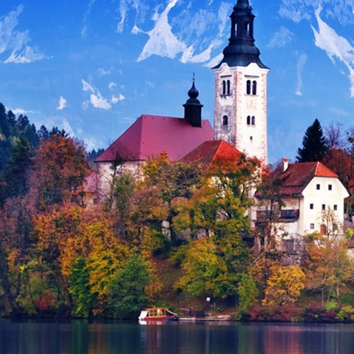 Paragliding and river adventure at lake Bled