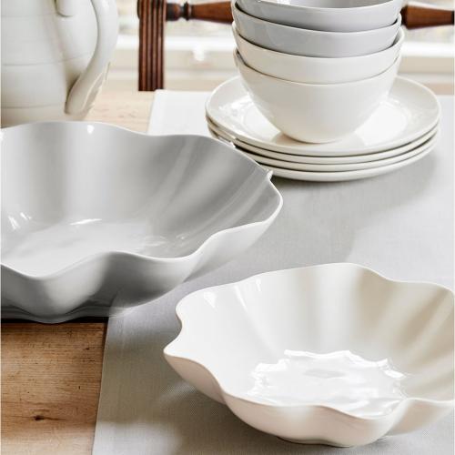 Floret Medium Serving Bowl, 23.4cm, Cream