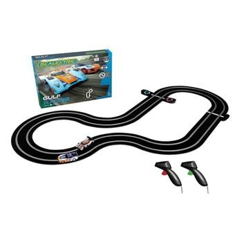 GT vs LMP Gulf racing, track length: 484cm