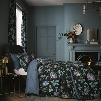 Everlasting Bloom Super king size duvet cover set, L220 x W260cm, indigo