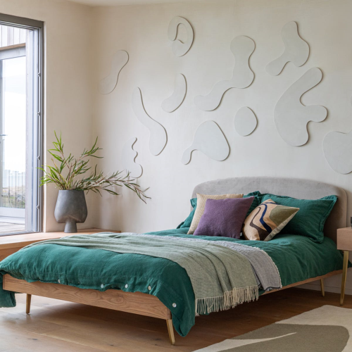 Crawford King bed, H93 x  W157 x D21cm, Light Oak