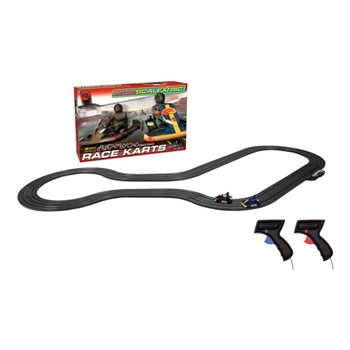 Race Karts Micro Scalextric, track length: 370cm
