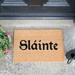 Slainte Doormat, L60 x W40 x D1.5cm, natural/black