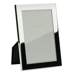 "Square Cut Photograph frame, 8 x 10"" with 15mm border, silver plate with velvet back"