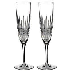 Lismore Diamond Pair of Champagne flutes