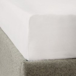 300 Thread Count Plain Sateen King size fitted sheet, W150 x L200 x D30cm, white