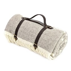 Picnic rug, lambswool, waterproof, leather straps 145 x 183cm