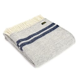 Fishbone Throw, 150 x 183cm, silver grey/navy