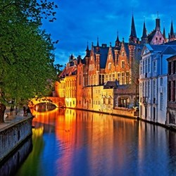 Picturesque escape in Bruges with fine dining and horse-drawn carriage