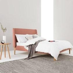 Double bed H114 x W155 x D205cm