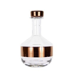 Tank Whiskey decanter, W13 x H23cm, glass