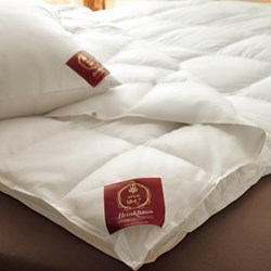 The Pearl Double duvet 8 tog, 200 x 200cm, premier new white Hungarian goose down
