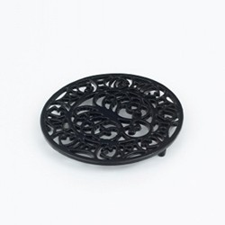 Trivet, black cast iron
