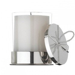 Vera Wang - Love Knots Covered candle on base