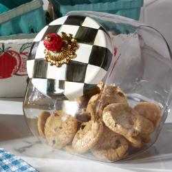 Courtly Check Cookie jar, H20 x W15cm, Enamel