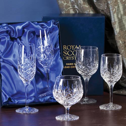London Pair of large wine glasses