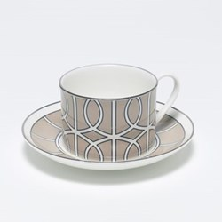 Loop Teacup and saucer, H8.4cm - Saucer 15cm, truffle/white (silver rim)