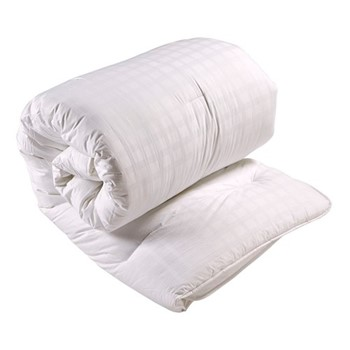 Superior Soft Touch Anti-Allergy - 13.5 Tog Super king size duvet, L260 x W220cm, white