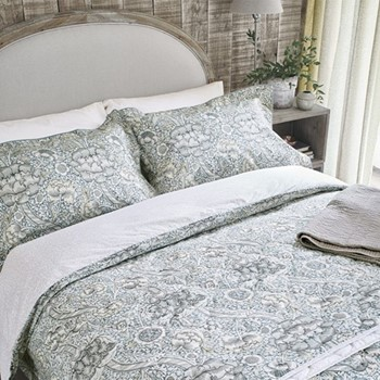 Super king size duvet cover L220 x W260cm