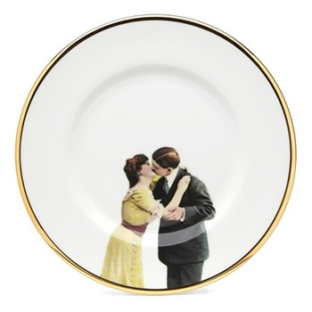 Kissing Couple Salad plate, 23cm, crisp white/burnished gold edge