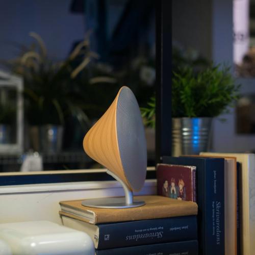 Halo One Bluetooth/NFC Speaker, L20 x H22 x W12cm, Natural