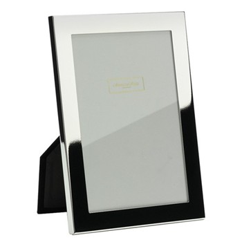 """Photograph frame 8 x 10"""" with 15mm border"""
