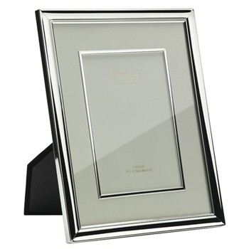 "Mount and Bezel Photograph frame, 8 x 10"", silver plate and cream"