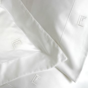 Ultimille Pair of Oxford pillowcases, 50 x 75cm, white