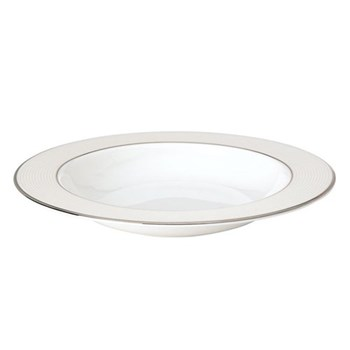Rimmed soup plate