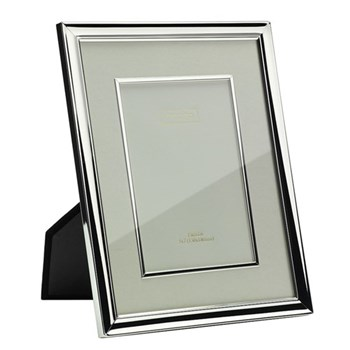 "Mount and Bezel Photograph frame, 4 x 6"", silver plate and cream"