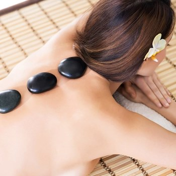 Hot stone massage for two