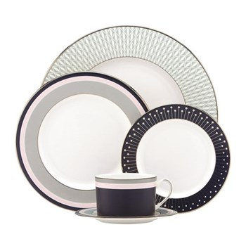 Mercer Drive 5 piece place setting