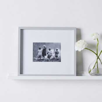"Fine Wood Photograph frame, 5 x 7"", grey"
