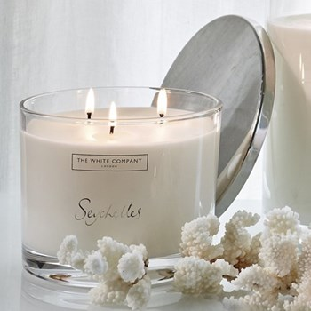 Large 3-wick candle H11.5 x W14 x L14cm