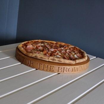 Bespoke engraved pizza board, D38 x D3.5cm