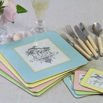Harlequin Set of 4 table mats, 24 x 24cm, gold edged