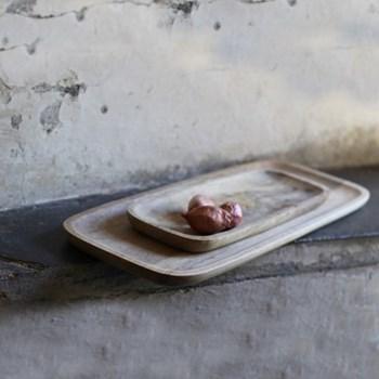 Eta Platter, 2.5 x 60 x 22cm, wood