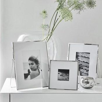 "Easel Photograph frame, 3 x 3"", fine silver"