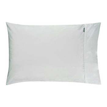 Pair of housewife pillowcases 50 x 75cm