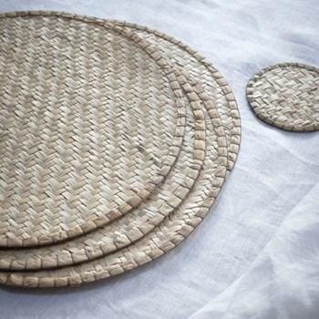 Set of 4 placemats 32cm