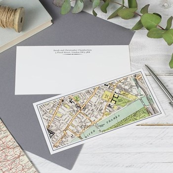 Pack of 50 correspondence cards with personalised map W21 x H10cm