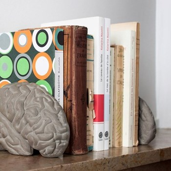 Concrete brain bookends L16 x W13.5 x H11.5cm