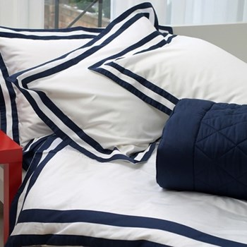 Pesaro King size flat sheet, 275 x 290cm, white and navy